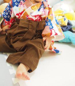 実際に作ったベビー袴を赤ちゃんが着用した写真